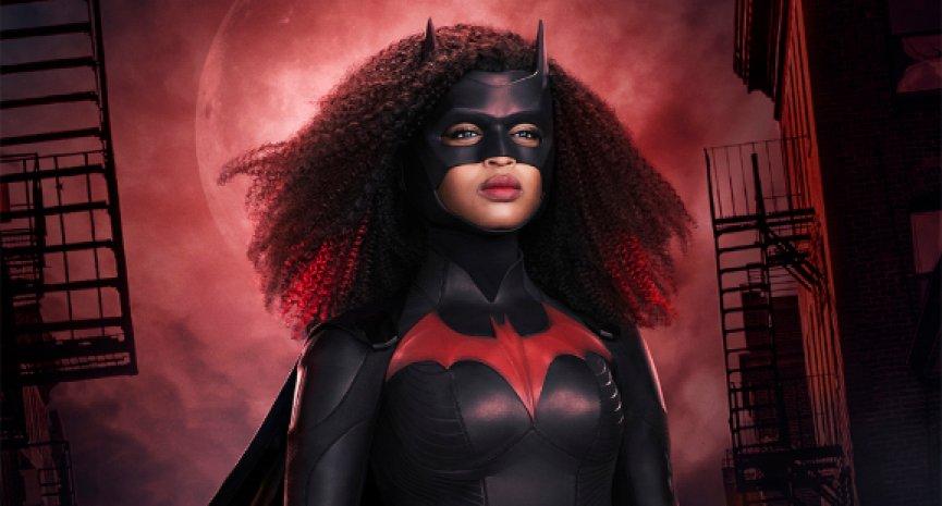 《蝙蝠女侠》公开第二季前导预告!新一代女英雄动态画面曝光