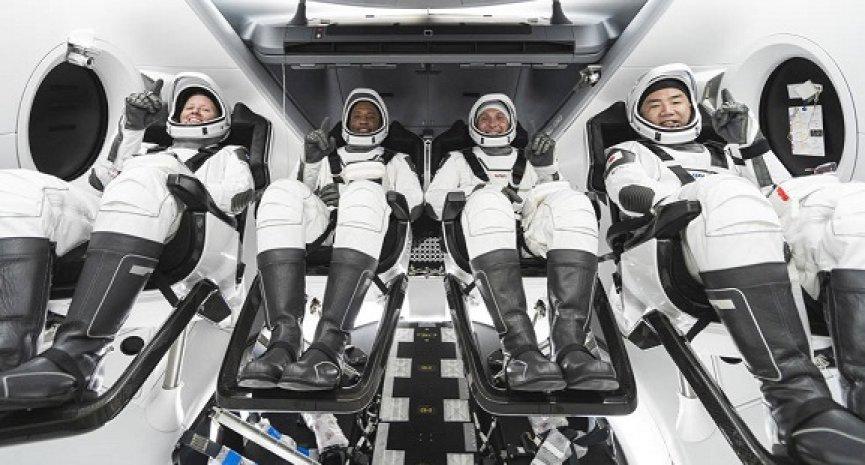 全程LIVE见证!《CREW-1 太空船发射实转播》捕捉NASA联手SpaceX历史性一刻