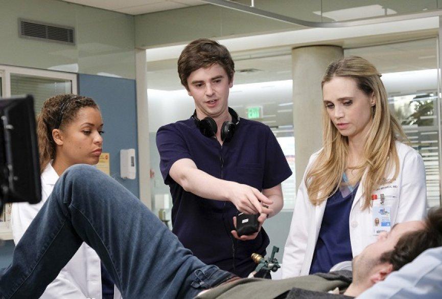 《良医墨非》佛莱迪海默尔再当导演!解释尚恩与莉亚的重大时刻