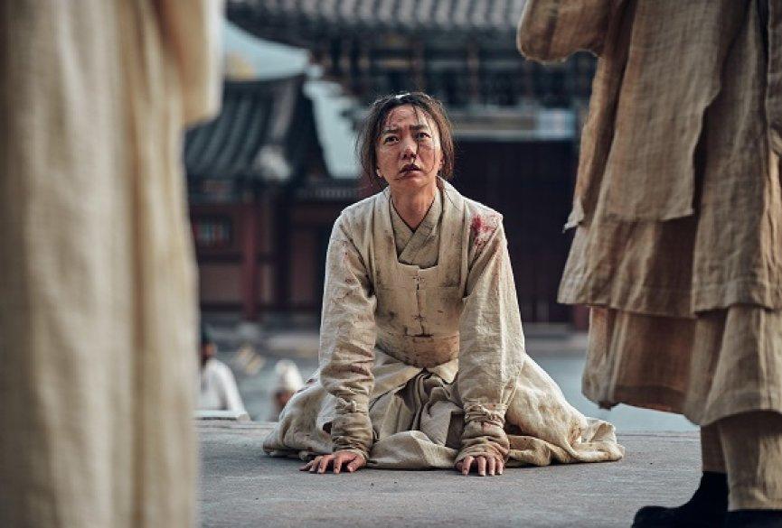 南韩网民不爽《李屍朝鲜》中译剧名气炸!Netflix宣布改名