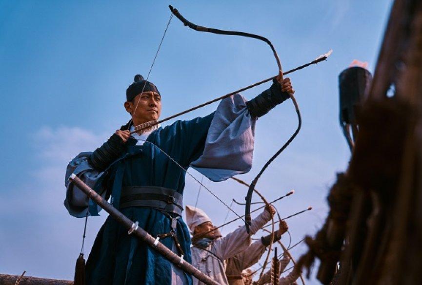 《李尸朝鲜》第二季视觉刺激超越首季!但