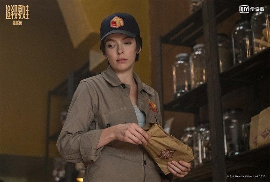 《追杀夏娃》第三季开播收视大涨!茱蒂康默谈