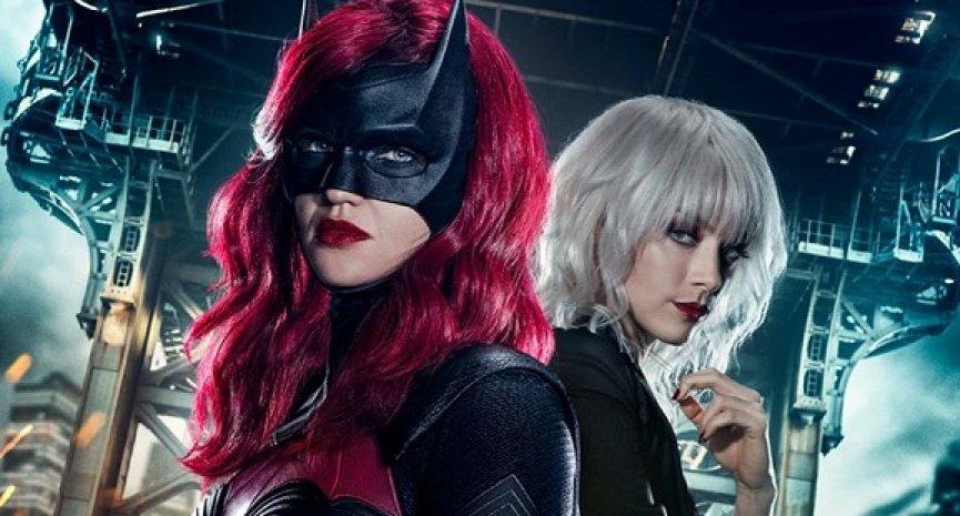 《蝙蝠女侠》换新角色继承!第二季不再以凯特凯恩为主角