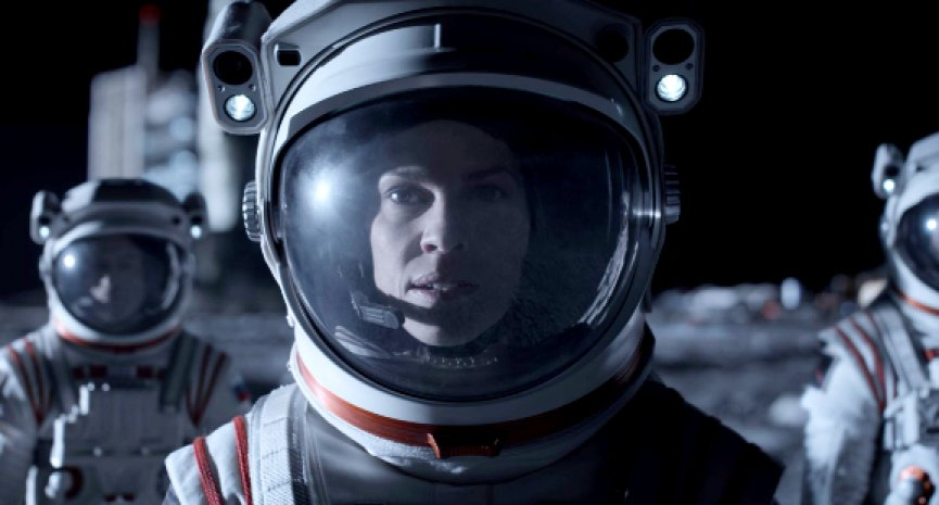 希拉蕊史旺《远漂》火星三年不回家!激斗