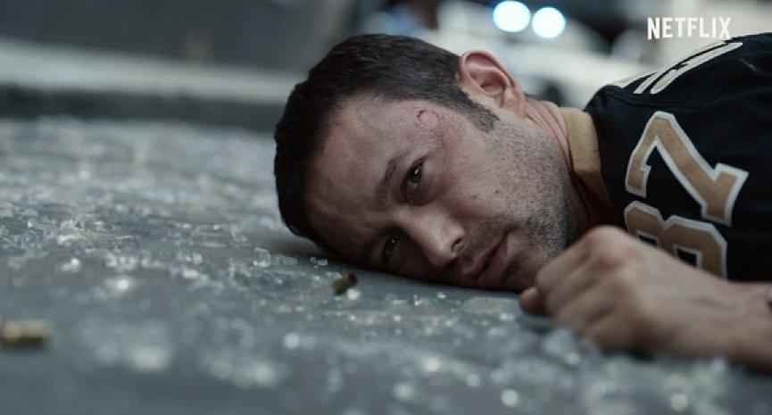 《超能计划》开枪来真的!乔瑟夫高登李维揭Netflix新片2大隐藏看点