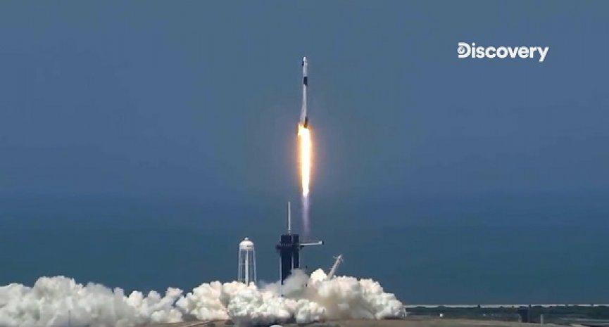 马斯克太空梦成真!《重返太空 : 太空船溅落》精彩纪录