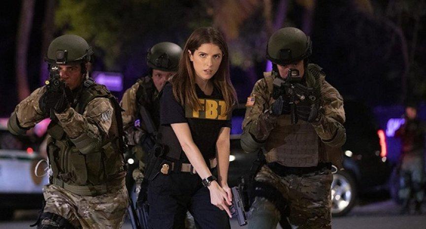 《歌喉赞》安娜坎卓克化身菜鸟FBI探员!