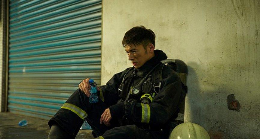 台湾影视再升级!《火神的眼泪》打造真实火场封街三天动员上百人
